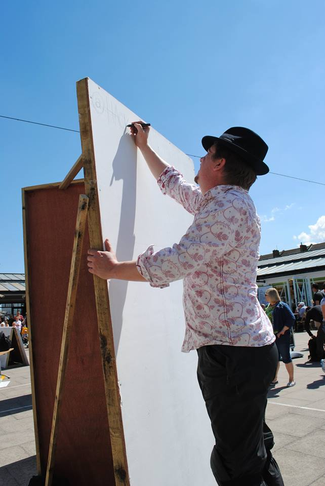 Reach_for_the-Skies_A_Big_Board_at_Herne_Bay_Cartoon_Festival_2016_©_Kasia_Kowalska